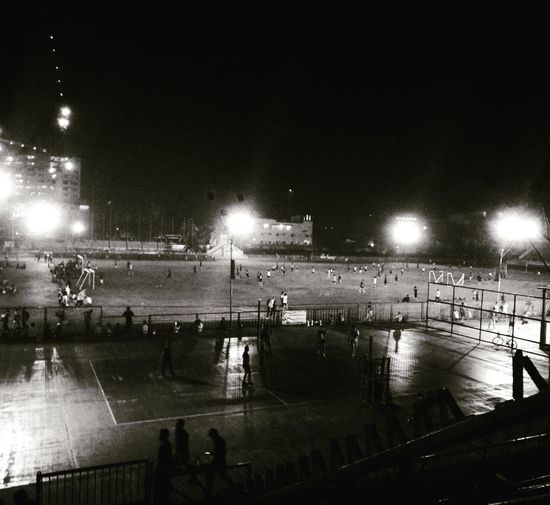 Sweat it out 😌 Night Outdoors People Stadium Large Group Of People Jogging Time Ovaltrack