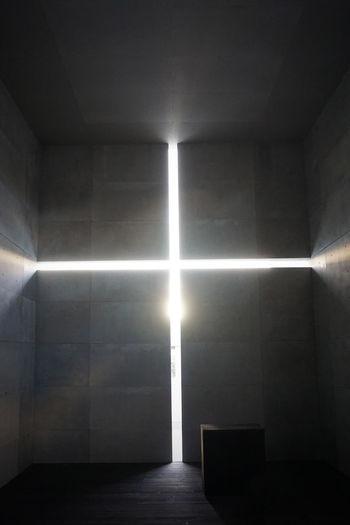 2017 Church Room Architecture Illuminated Indoors  Lens Flare Light Beam Sun Sunbeam Sunlight 光の教会 安藤忠雄