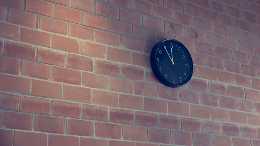 Architecture Backgrounds Brick Brick Wall Built Structure Clock Face Clockface Close-up Day No People Outdoors Plain Red Simple Vintage Wall - Building Feature