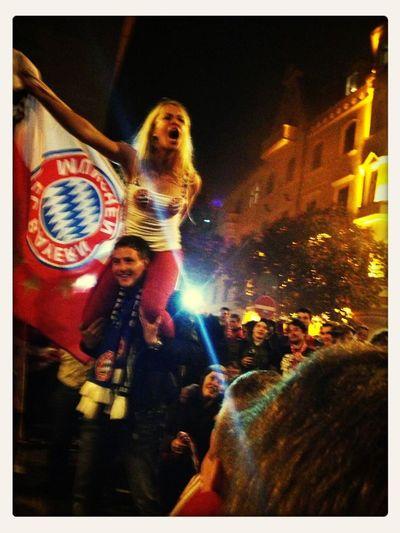 Celebrating FC Bayern Road To Wembley