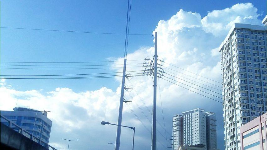 Cloud - Sky Sky Cloudporn Mobilephotography Mobilephotographyphilippines Philippines Eyeem Philippines The Architect - 2017 EyeEm Awards Creative Commons CC BY-SA 4.0 CC CC BY-SA Snoworld.one/cc