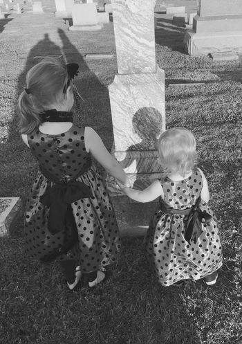 Blackandwhite Black And White Children Graveyard Beauty Graveyard Gravestone Chilling Macabre