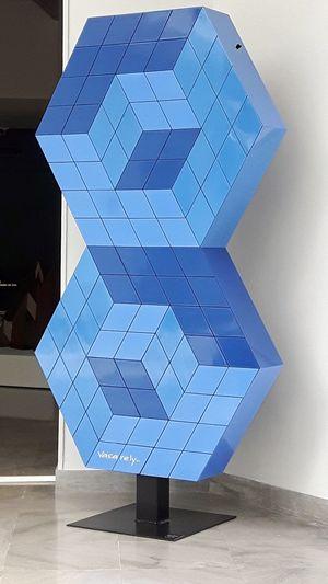 Fondation Vasarely Aix-en-Provence Aixenprovence Aix Aix En Provence Vasarely Shape Pattern Abstract Futuristic Symmetry Pixelated Museum Modern Art Contemporary Art France Provence Op Art Geometric Shape Geometry Creativity Blue Cubes Cube Shape