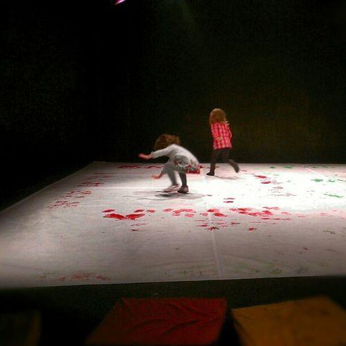 Teatro, danza, sonidos, geometría, pintura y saltos! Teatro Pradillo