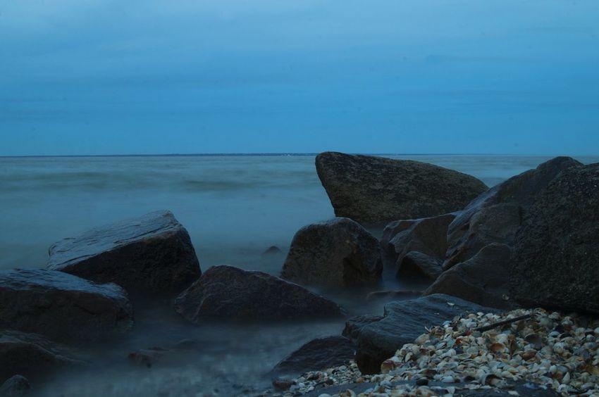 каменные жители. Таганрогский залив. коса Ейская Море ейск коса таганрогский залив косаейская Sea Beach Blue Rock - Object Sand Sky Horizon Over Water