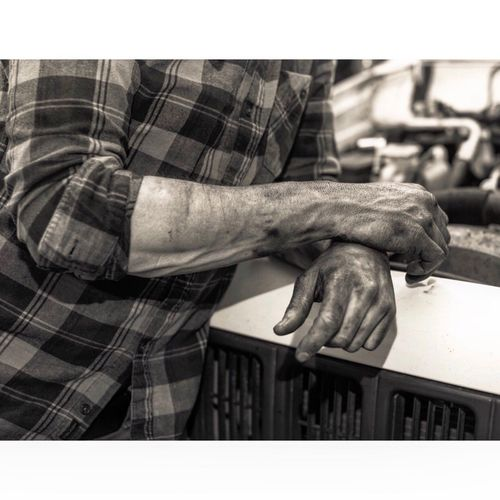 Dirtyhands Working Vintage Style