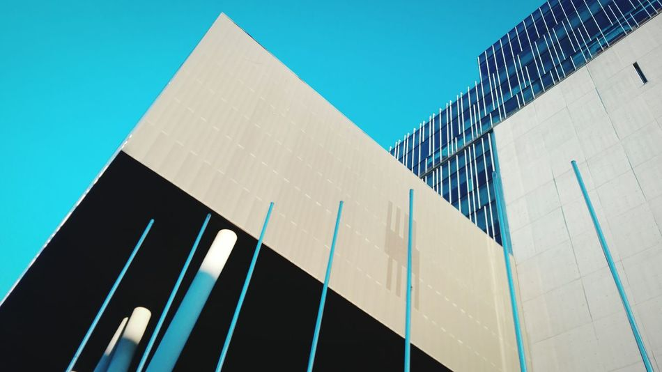 Architecturelovers Architecture_collection Architecture Architectural Detail Urban Geometry Angles And Lines Elegance Everywhere Lines My Own Style Of Beauty My Own Photography Hanging Out Check This Out Taking Photos My Own World  Hello World Sky