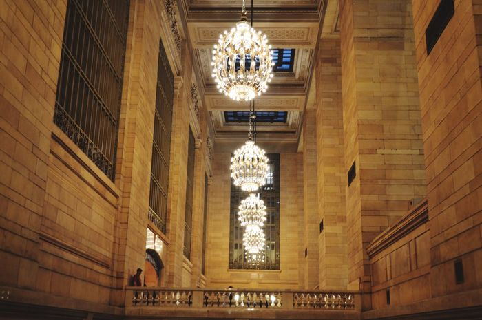 Grand Central Chandeliers Grand Central Station 42 Street NYC