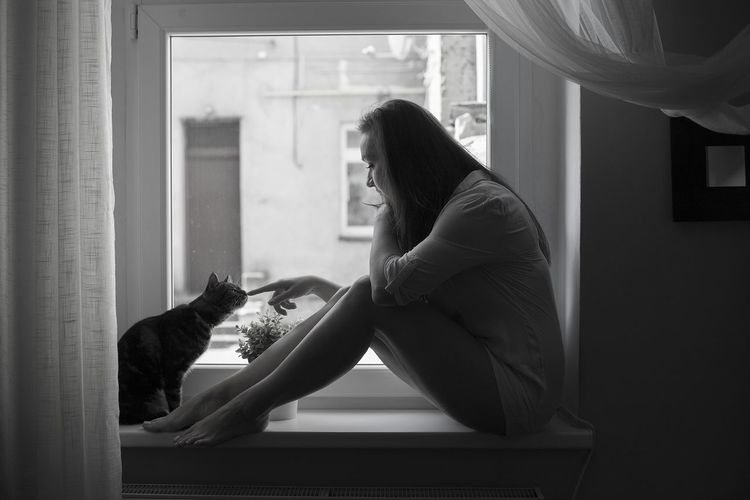 Loneliness together... Beautiful Woman Morning At Home Casual Clothing Domestic Cat Window Sill Domestic Animals
