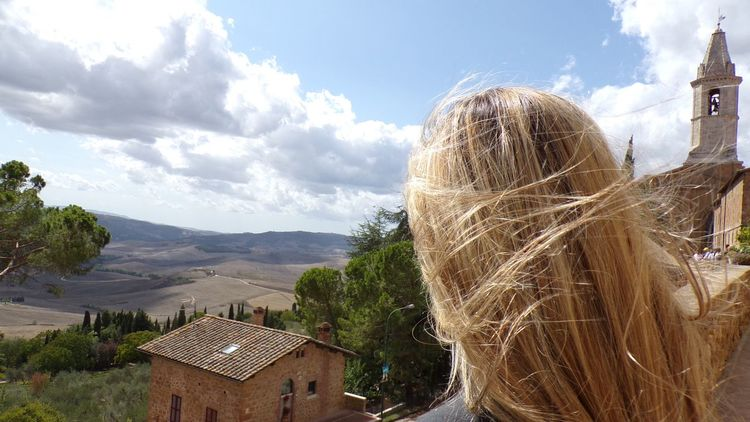 Sky Cloud - Sky Outdoors DayLost In The Landscape Connected By Travel Summer Nature Church Tuscany Italy Sunlight Italia Vacations Italy Travel Travel Destinations Pienza Italy Pienza Horizon One Person Architecture Nature Water No People Tree An Eye For Travel