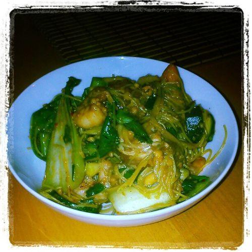 Kingprawn Mushroom Pakchoi Spicy tamarind woop