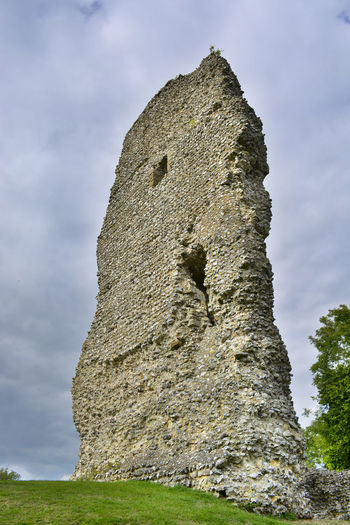 HDR image of The Stone Keep at Bramber Castle in Steyning, United Kingdom. Ancient Battle Of The Cities Castle Cloudy HDR High Remains Ruins Wall Army Battlement Below Broken Colour Photography Flint High Dynamic Range Keep It Blurry Looking Up Medieval Military Overcast Stone Material Stone Wall Tall The Past