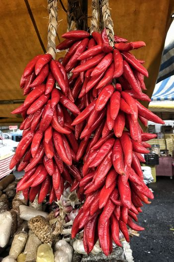 Red Market Hanging City Retail  Dried Food For Sale Market Stall Dried Fruit Close-up Red Chili Pepper Spice Turmeric  Black Peppercorn Ground - Culinary Street Market Chili  Chili Pepper