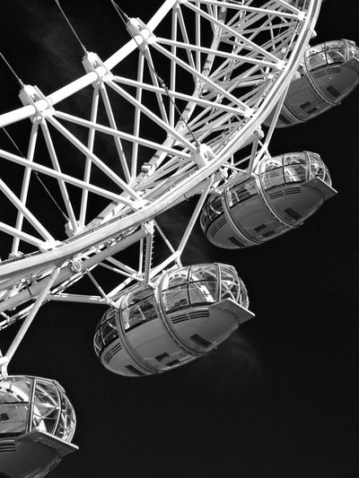 London Eye London Eye LondonEye EyeEm Best Shots EyeEmReady Eyeemblack&white British Ferris Wheel Big Wheel London Blackandwhite Black And White Bnw Bnwphotography Biancoenero