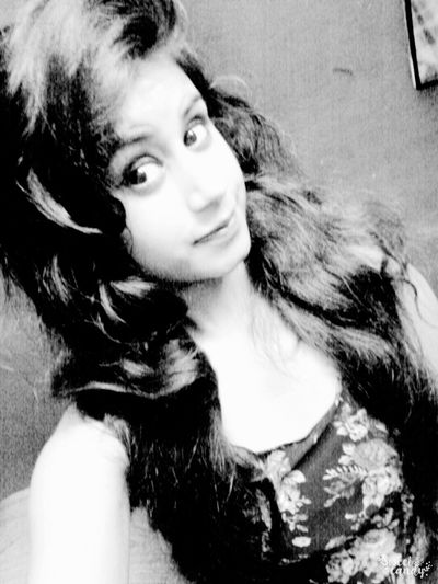 Relaxing Taking Photos That's Me Check This Out Hello World Follow4follow Todays Hot Look Long Hair <3 Eyelined Eyes :*:*:*:* black and white portrait..