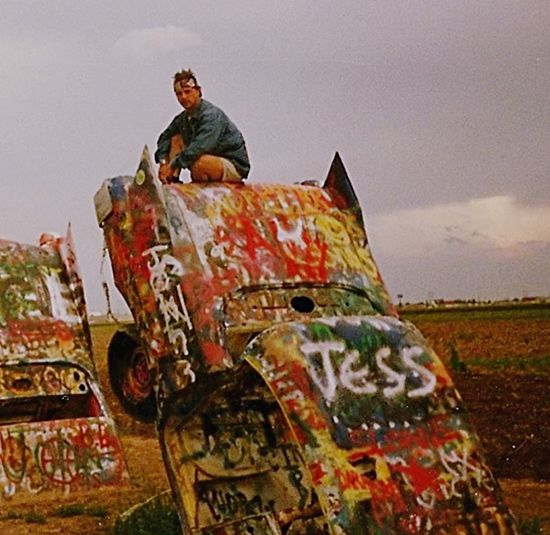 Old Mobile Bogysmodernariart Bogys50s Cadillac Cadillac Ranch Amarillo Texas Cimitero Cadillac Creativity Sky Art And Craft Adult Men Day People Architecture Sculpture