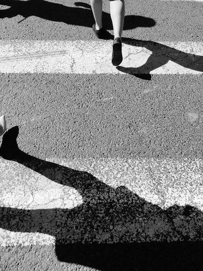 Creative Light And Shadow 晨光下匆匆的步伐 倒影 步伐 脚步 斑马线 匆忙 Step Road