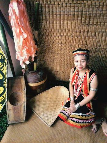 Land Dayak lady. :D Bidayuh Borneo Dayung Dayak Costume Dayak