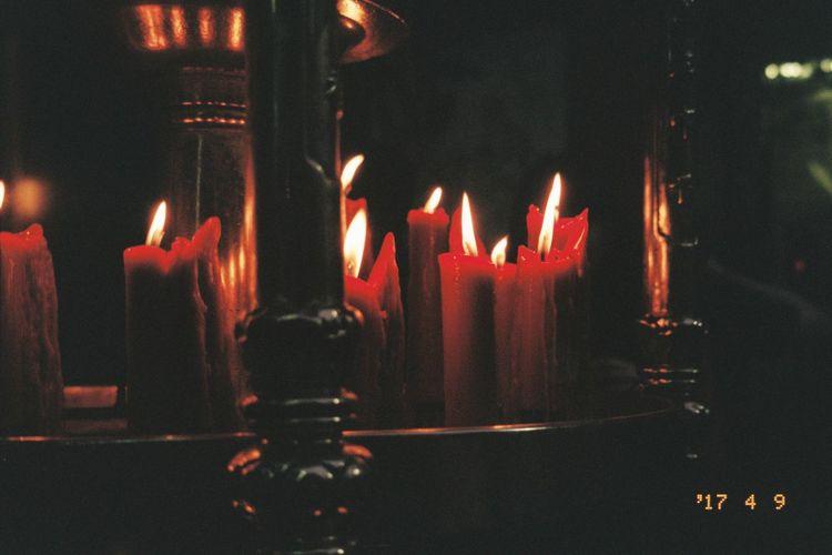 Film Lungshan Temple Olympus Mju Ll Agfa Vista200 Candle Taiwan Night Temple First Eyeem Photo Iusefilm