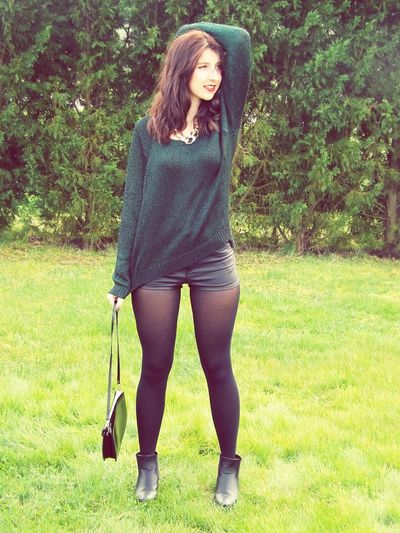 Fashionphotography Brune Green That's Me Blogger Vintage