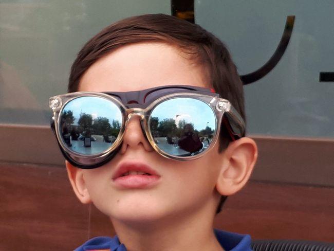 QaA veces solo queda hacer el camino inverso.....s Portrait Headshot Glasses One Person Real People Fashion Child