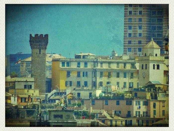 13 aprile 2014; Walking Around Genova ♥ Zena4ever