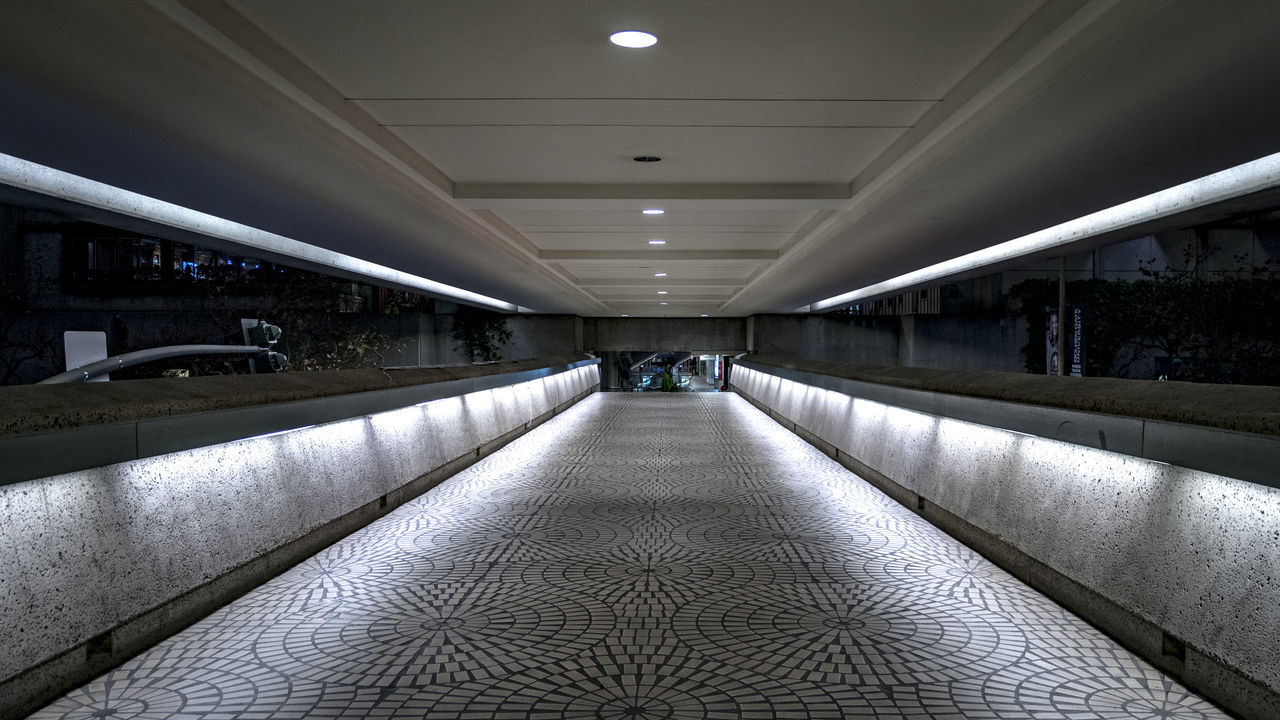 ceiling, indoors, the way forward, architecture, illuminated, built structure, no people, day