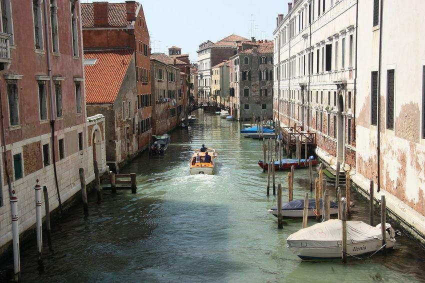 #canal #carnaval #Carnival In #Venice #Italy #gondola #veneza #Venice #Venezia #Italy #Italia #Europe Architecture Building Exterior Venezia #venice