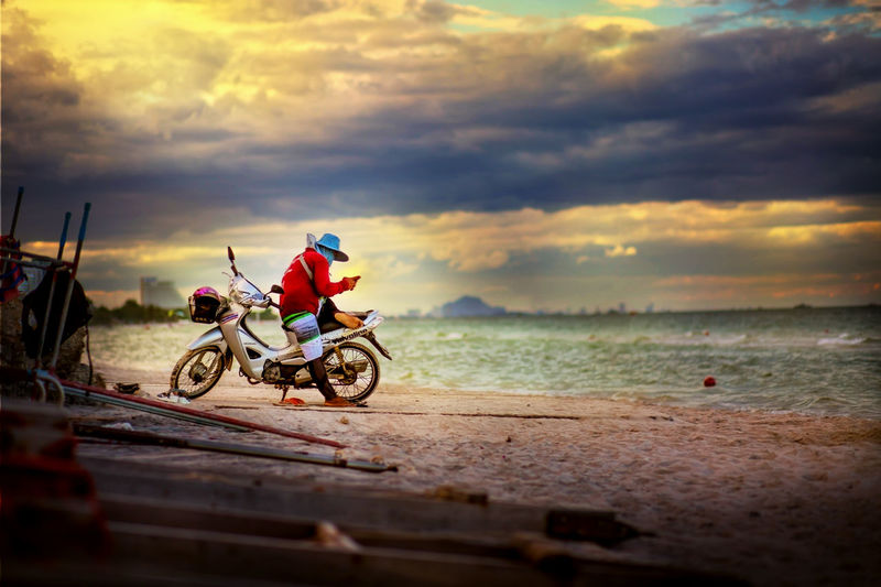 Cloud Cloud - Sky Cloudy Dramatic Sky Gsm Men Message Of Love Mobile Moody Sky Motorcycle Relaxing Time Sea Sky SMS
