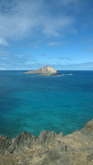 O'ahu Hawaii Sea Scenics - Nature Beauty In Nature Water Sky Tranquil Scene Tranquility Blue Nature Idyllic Day Land No People Non-urban Scene Cloud - Sky Horizon Mountain Rock Horizon Over Water Outdoors Turquoise Colored