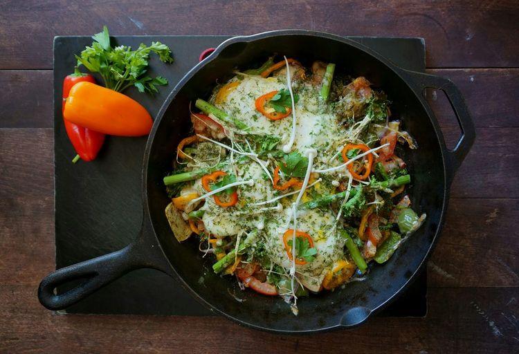 Vegetable Food Ready-to-eat Skillet- Cooking Pan Freshness Breakfast Egg Enoki Mushrooms