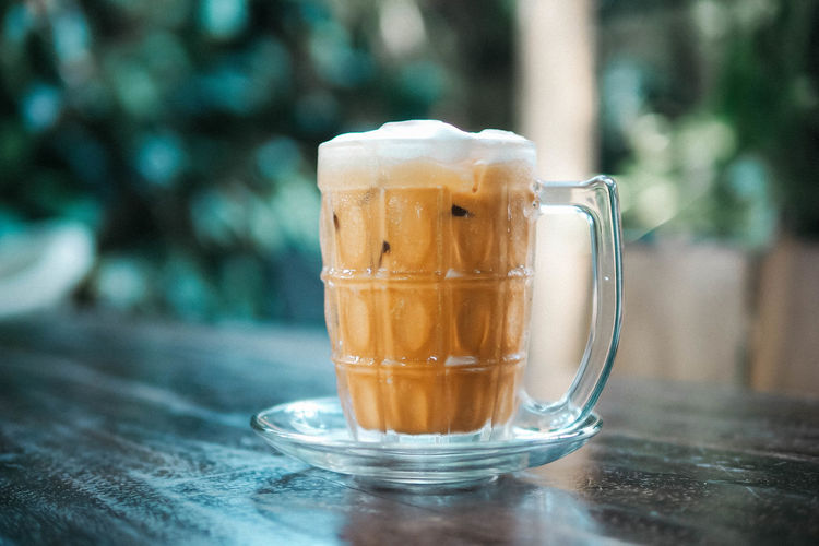 Thai milk tea Food And Drink Drink Table Refreshment Freshness Glass Close-up Mug Transparent Cup Glass - Material Non-alcoholic Beverage Thai Tea Tea