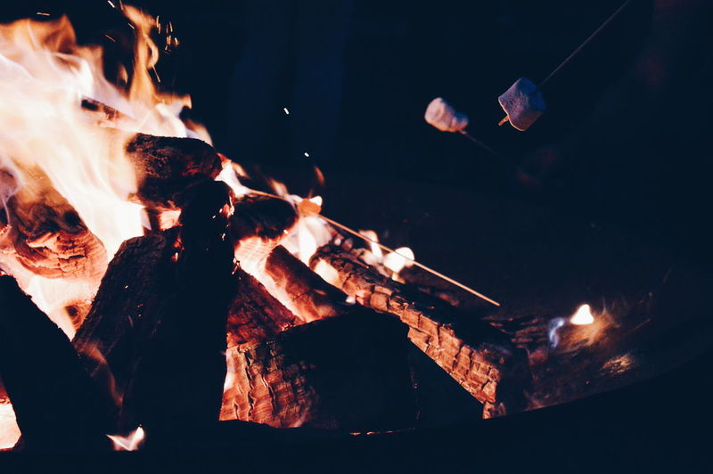 Home Is Where The Art Is Campfire Marshmallows Happy Place Happy People Loving God Dark Paradise Romantic Scenery Fire Light The Fire Vzzw Colour Of Life Eyeemphoto The Magic Mission Fresh On Eyeem  Sommergefühle HUAWEI Photo Award: After Dark