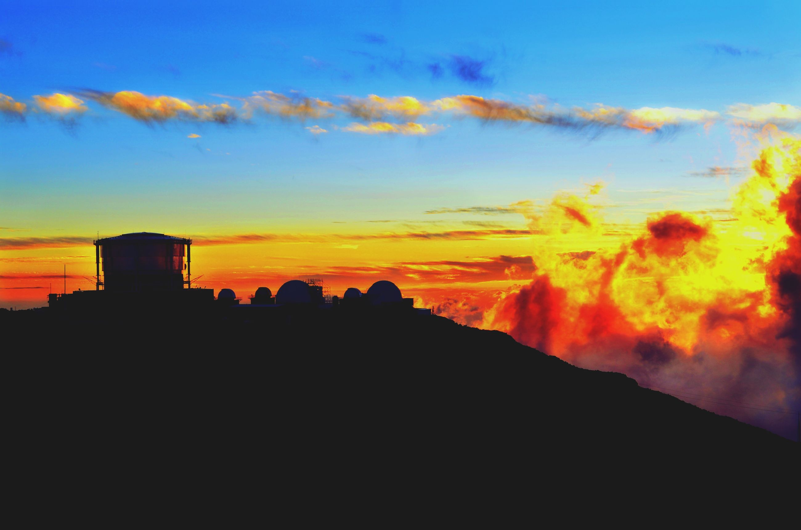sunset, sky, nature, beauty in nature, silhouette, built structure, architecture, outdoors, scenics, no people, day