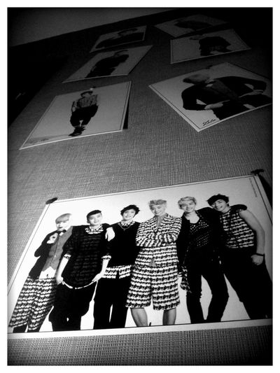 B.A.P Wall Ouo
