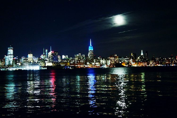 Picture I took in Hoboken. Nyc's View From Hoboken NYC Skyline Skyline NYC First Eyeem Photo