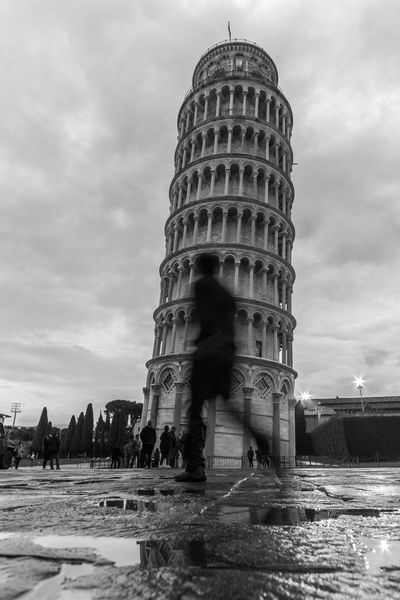 Torre di pisa Architecture Cloud - Sky Travel Destinations Built Structure History Water Lovely Place Pisa Pisa Tower Pisa Italy Tuscany Building Exterior Tower Blackandwhitephotography B&W Street Photograpghy One Man Only Photography Day