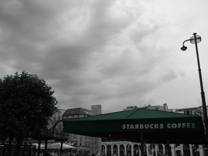 Starbucks, Hamburg, townhall Starbucks Starbucks Coffee Starbucks <3 Starbucks