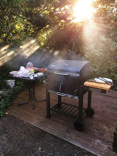 Barbecue Grill Food Home Is Where The Art Is Atmospheric Mood Summer Time  Summer Food Barbecue Grill Barbecuetime Smellsgood Delicious Grillmaster Barbecue Season Smoke Sunshine