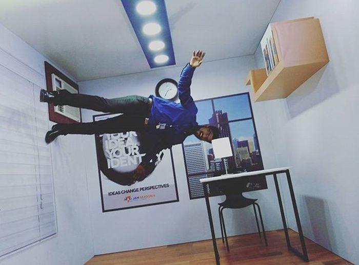 Just Flying around.. :'D Upsidedown Ultapulta