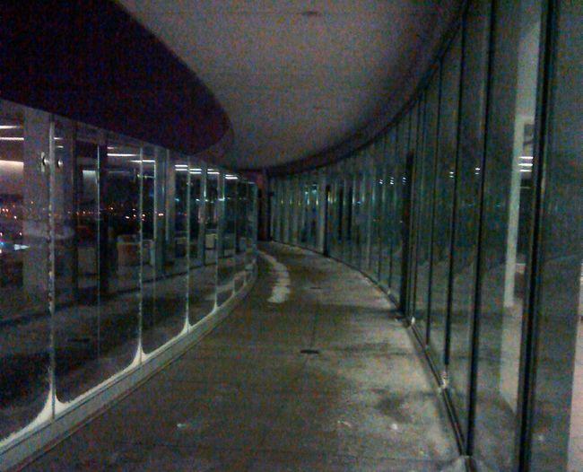 Glass walk Glass Panels Tunnel View Swirl Glass