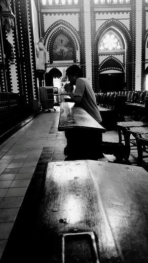 โบสถ์ Church Architecture Building Exterior Black & White Indoors  Men One Person People Pray Sitting Black And White Photography พม่า Myanmar St.marry EyeEm EyeEm Gallery EyeEmNewHere Live For The Story