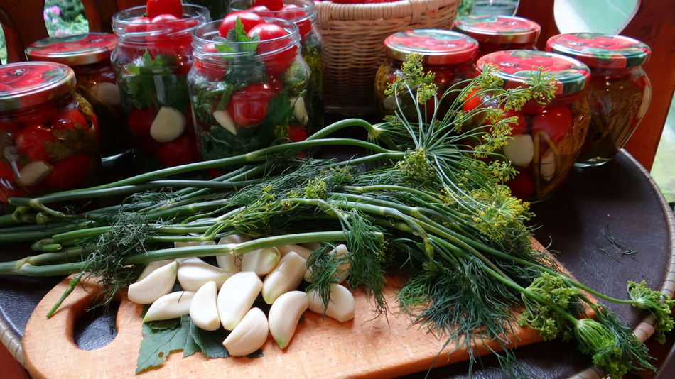 And again, preparations for the winter... Autumn Autumn Collection Autumn Colors Autumnbeauty Dill Flower Flower Collection Flower Photography Flower Porn Flowerporn Flowers Garlic Garlic Bread Green Color Macro Macro Beauty Macro Nature Macro Photography Macro_collection Macro_flower Macrophotography Red Color Red Lips Tomato Tomatoes