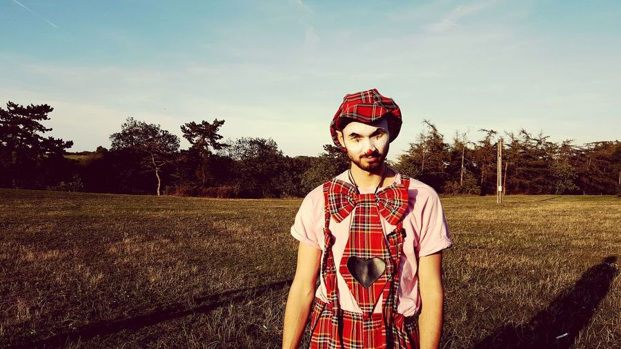 Kajo Man Young Adult Young Men Clown Echo_of_sirens Tree Portrait Standing King - Royal Person Old-fashioned Retro Styled Human Face Fashion Sky Thoughtful Agricultural Field Mime Face Paint Caucasian Beard The Modern Professional