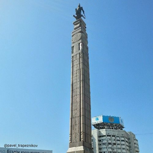 20140731 , Казахстан , алматы . ПлощадьРеспублики . МонументНезависимости/ Kazakhstan, Almaty. Square of Republic. Monument of Independence.