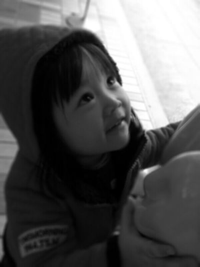 爸爸 , 我想抱抱… Nina Liao 抱抱