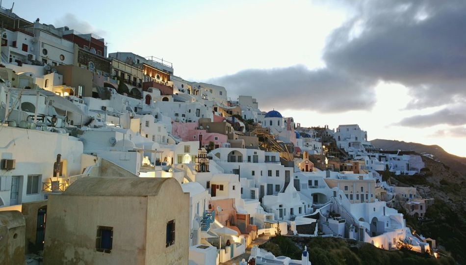 || Street Journals || Santorini, Greece. TheFoneFanatic Nokia  Nokia808 Vacations Mobilephotography PhonePhotography Colorful Luxury House Sky Architecture Landscape TOWNSCAPE Old Town Residential Structure