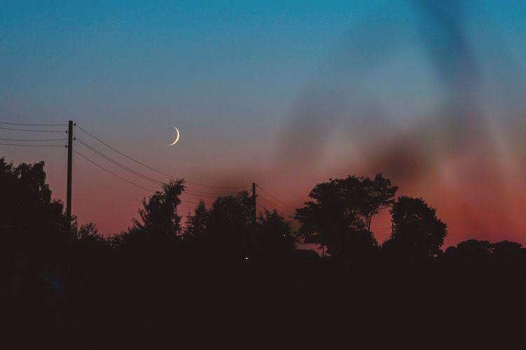 23:37 Sky