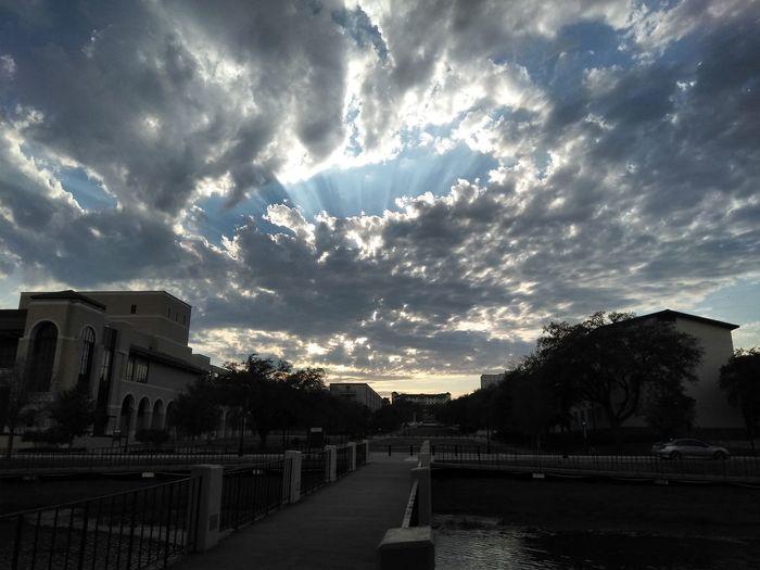 Texas Skies City Storm Cloud Tree Dramatic Sky Sky Cloud - Sky Architecture Overcast Weather Atmospheric Mood Cumulus Moody Sky Shining Sunbeam Scenics Silhouette