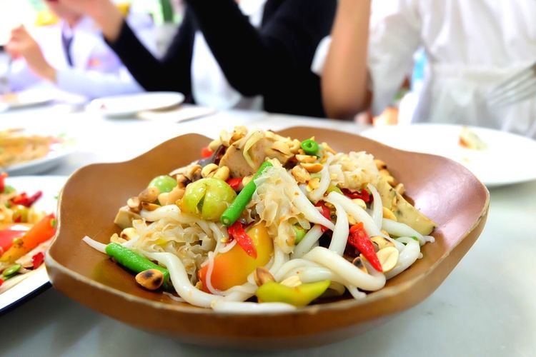 papaya salad Food And Drink Food Serving Size Plate Ready-to-eat Freshness Table Meal Close-up Healthy Eating Indoors  Gourmet Appetizer No People Day Delicious Spicy Food Thai Food